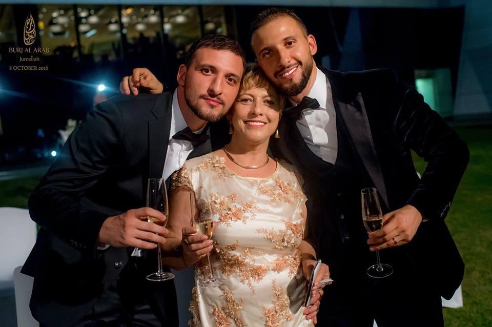 Stefan Mandachi Hd: FOTO! Eveniment Monden în Familia Uneia Dintre Cele Mai
