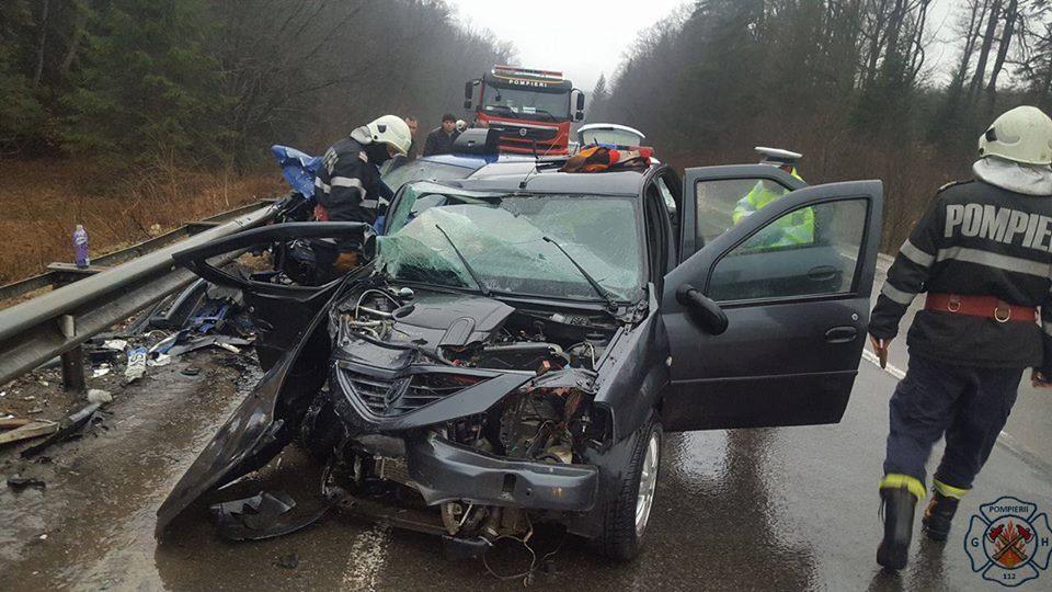 http://suceavanews.ro/wp-content/uploads/2017/03/accident-paltinoasa1.jpg