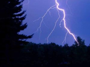 fulgere furtuna, stiri, suceava