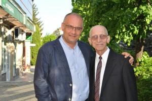 Deputatul Alexandru Băișanu alături de tatăl său